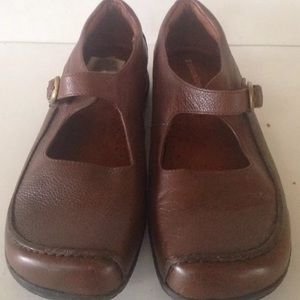 Naturalizer Mary Janes 10M Brown Leather